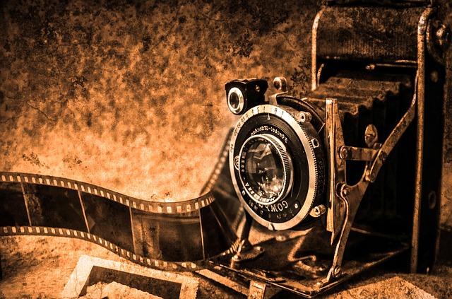 photo-camera-219958_640