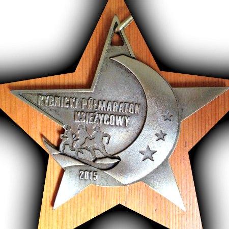 medal VI Rybnicki Półmaraton Księżycowy Rybnicki Półmaraton Księżycowy relacja 2015