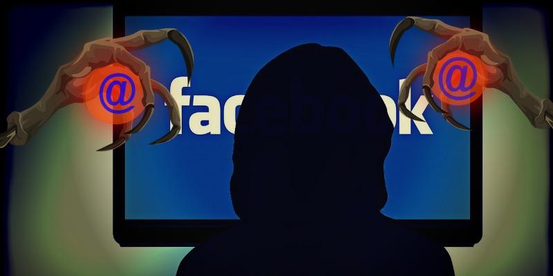 w szponach oznaczenia Facebook
