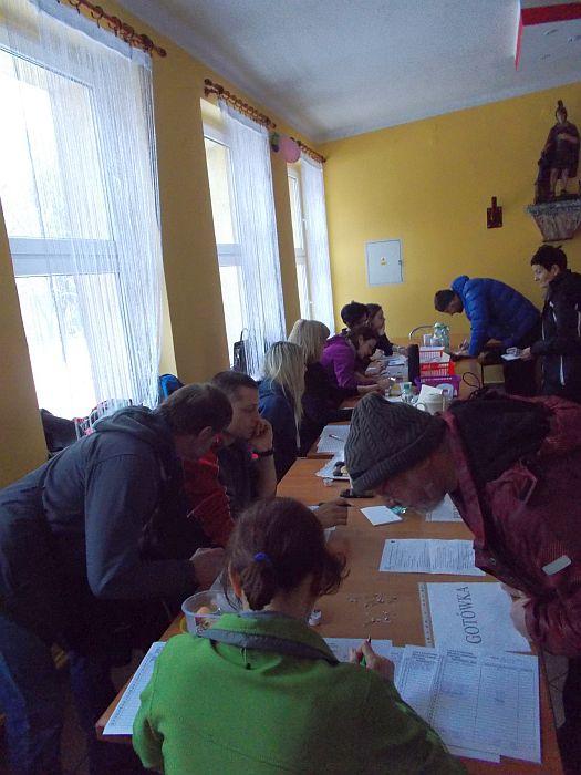 Biuro zawodów VIII biegu po puchar burmistrza Pszowa