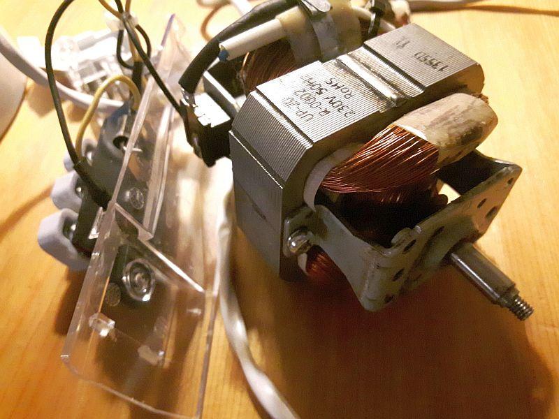 silnik blendera i przełączniki