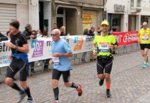 Paweł na trasie maratonu w Wenecji