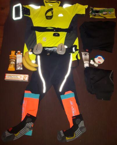 Wyposażenie biegacza ułożone w formie człowieka