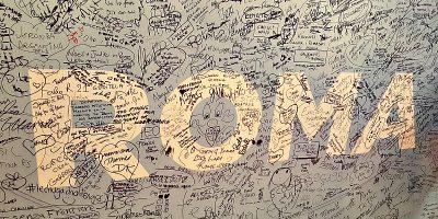 Maraton w Rzymie tablica podpisy