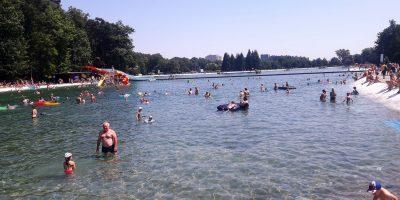 Ostrava Poruba kąpielisko widok na największy basen