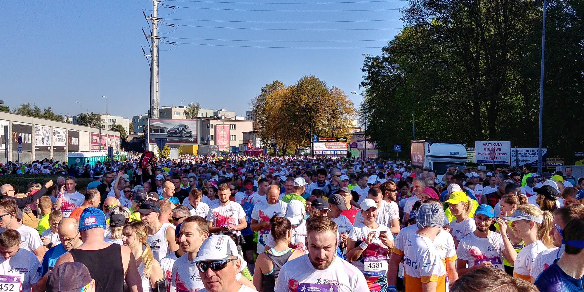 PKO Silesia Półmaraton 2017 biegacze przed startem