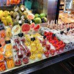 Boqueria Barcelona stoisko z owocami
