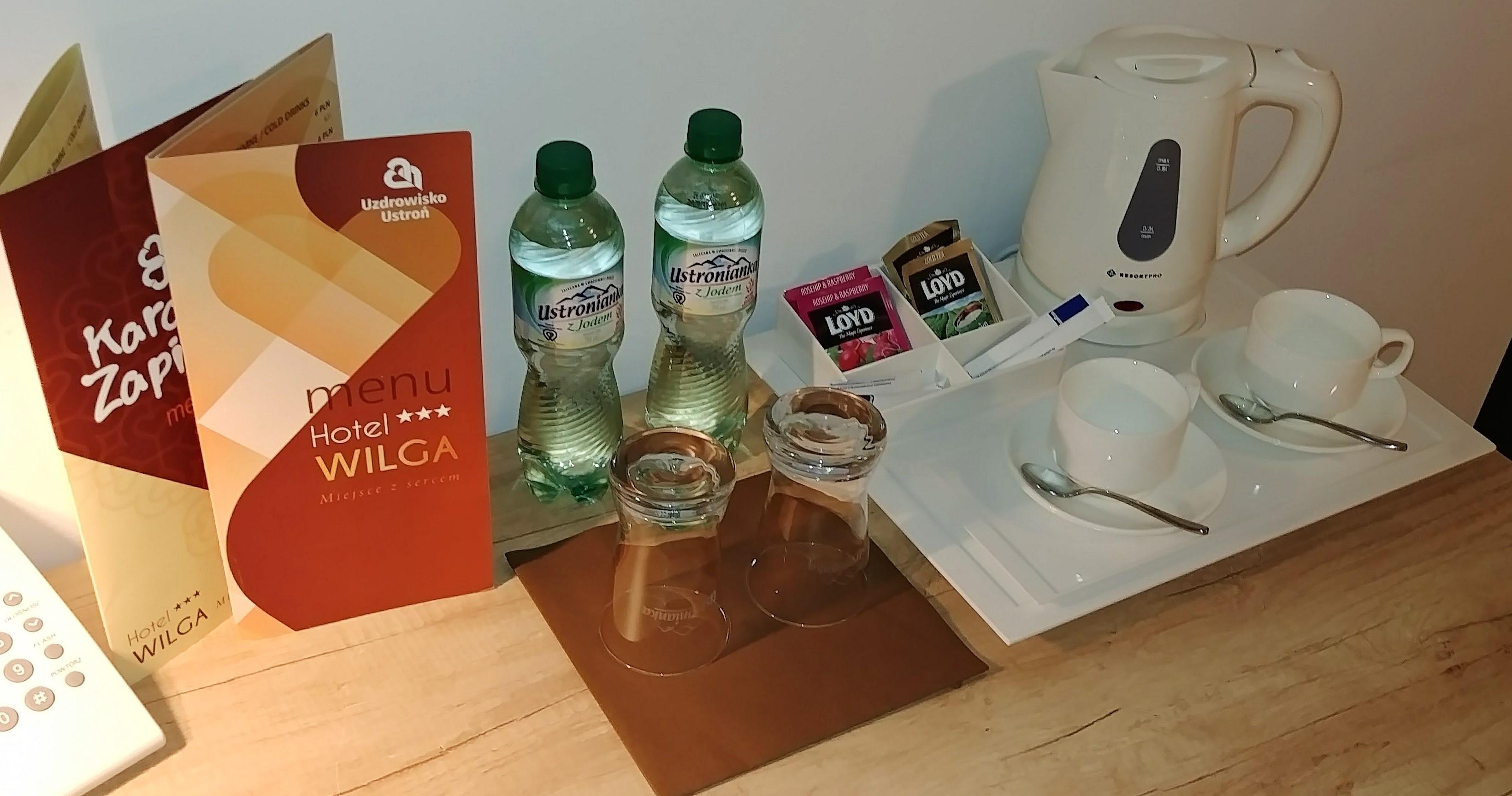 Czajnik i herbaty - Hotel Wilga