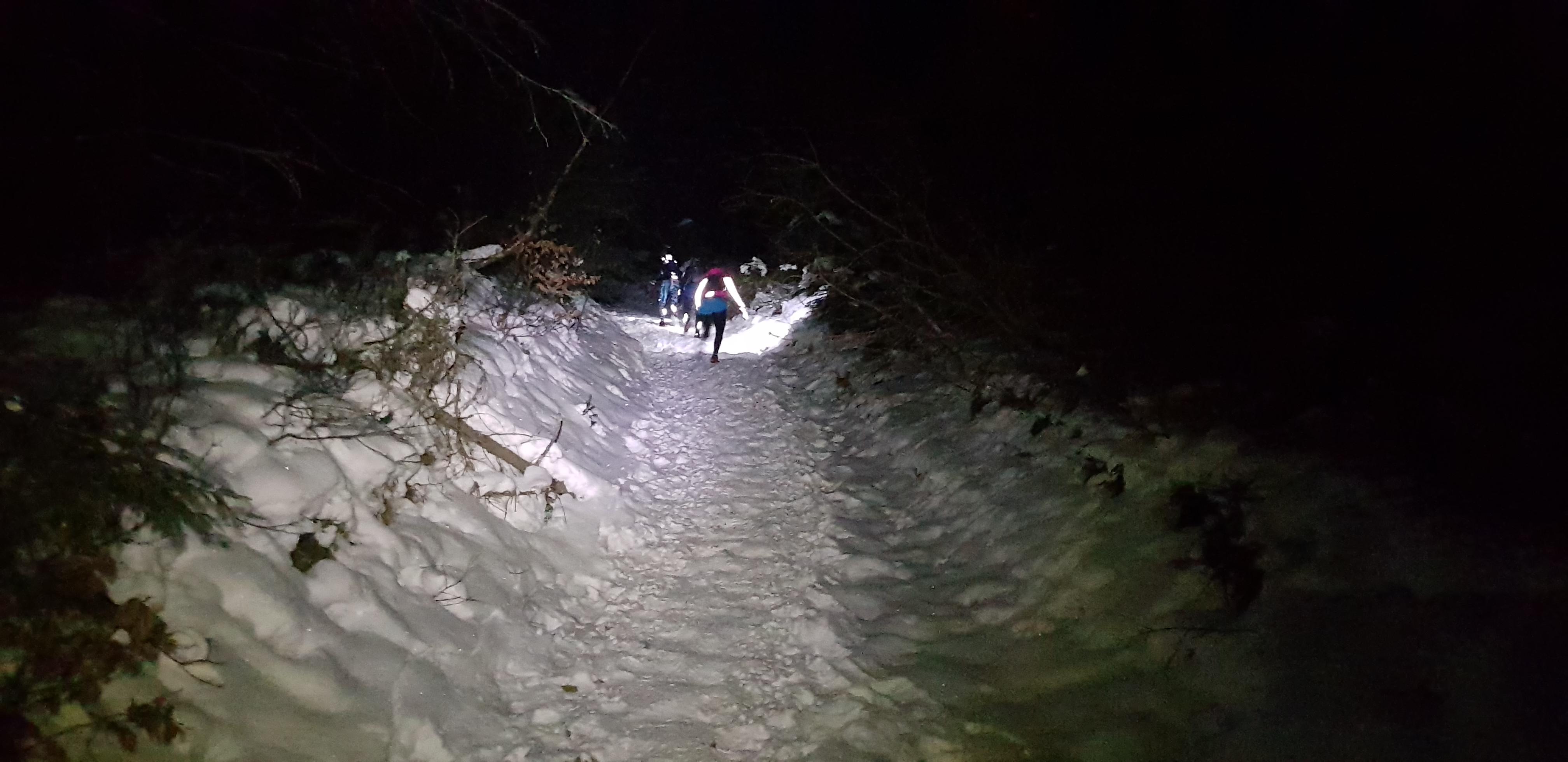 bieganie w nocy w górach
