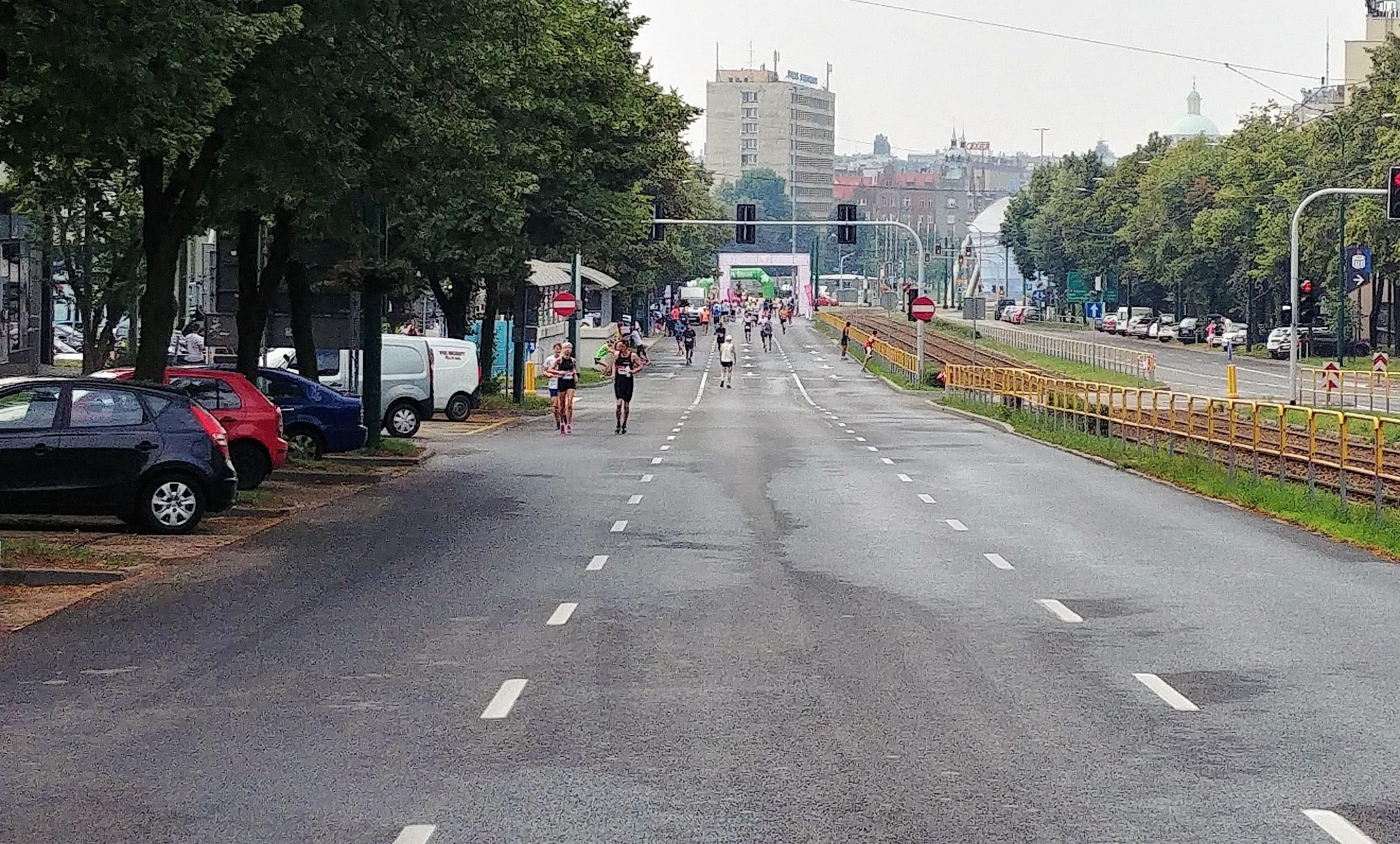 Podbieg na Korfantego Wizz air Katowice Half Marathon