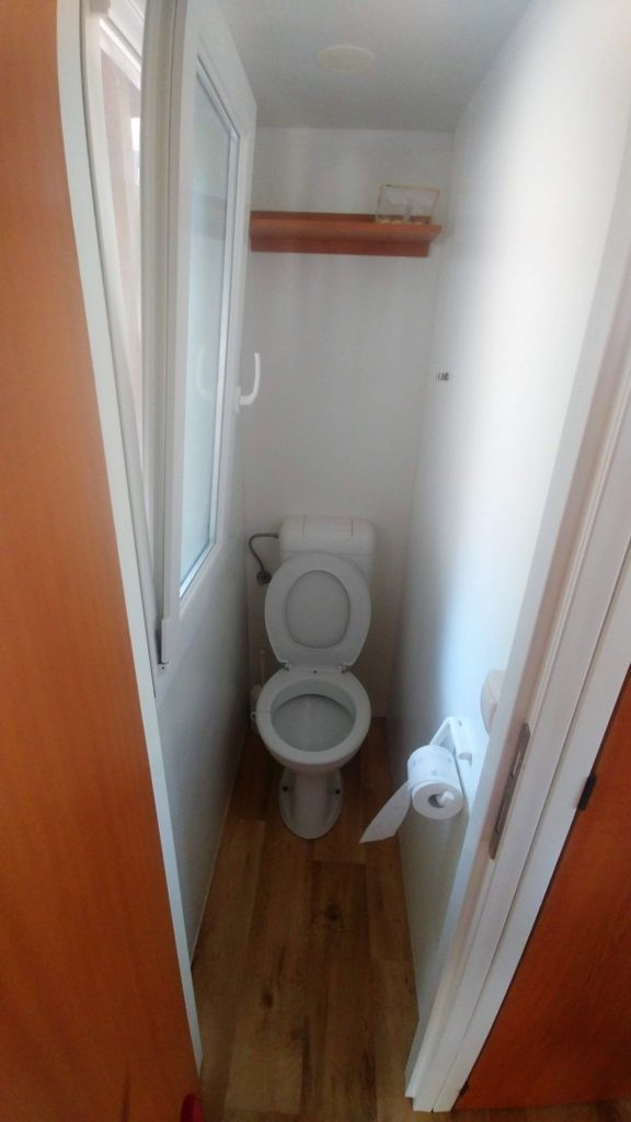 toaleta WC w mobile home