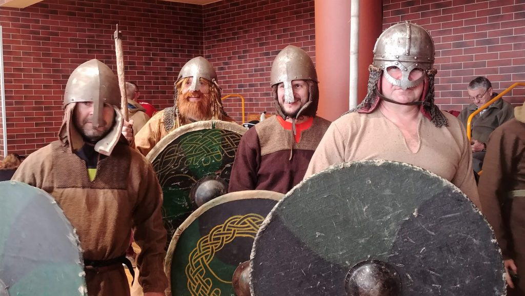 Wikingowie przebranie Bieg po Moczkę i Makówki
